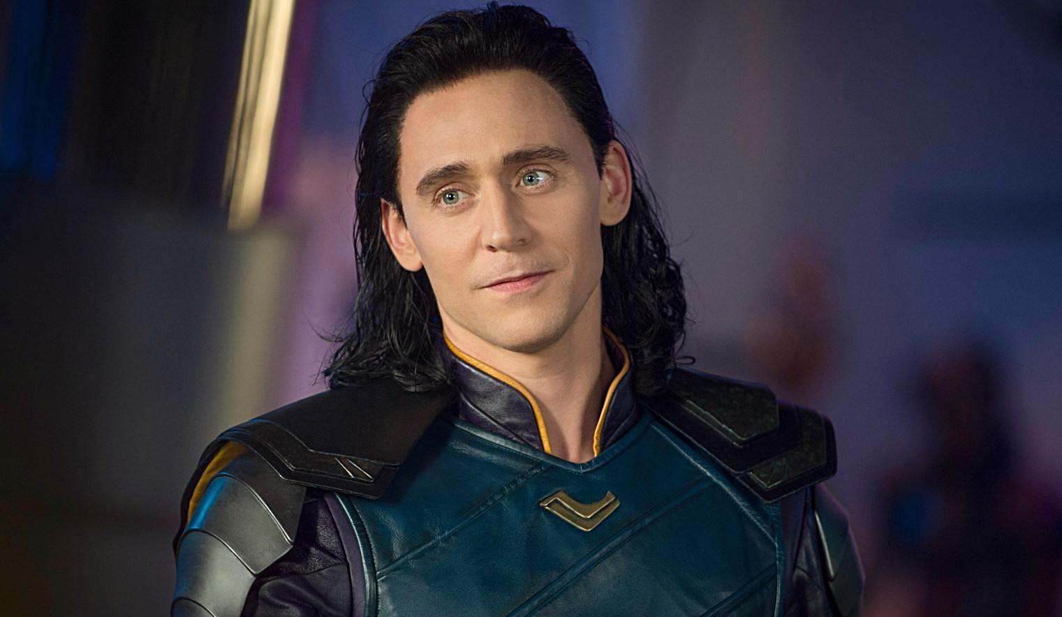 Loki: Tom Hiddleston ci parla della nuova serie Marvel - CinemArt Magazine