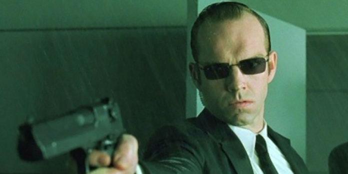 Hugo Weaving, Agente Smith